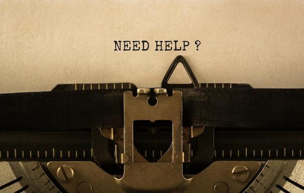 Texto precisa de ajuda digitado em máquina de escrever retrô