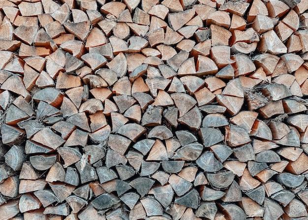 Textura closeup de toras de pinheiro preparada e dobrada cuidadosamente