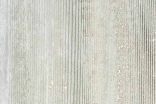 Textura de ardósia. sulcos cinzentos verticais.