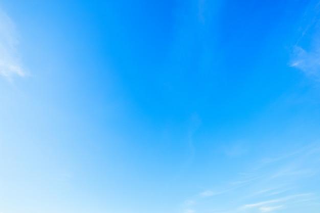 Textura de fundo de céu azul com nuvem branca