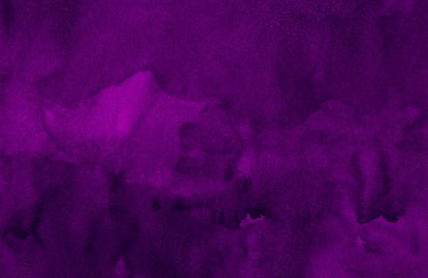 Textura de fundo violeta profundo em aquarela. pano de fundo roxo escuro abstrato em aquarela. modelo horizontal.