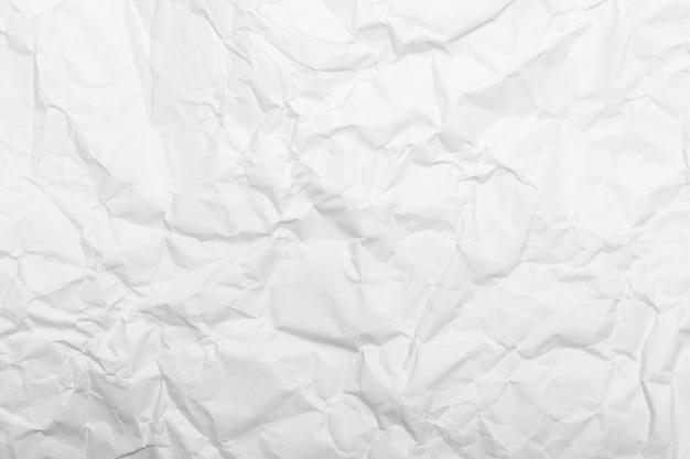 Textura de papel amassado branco.