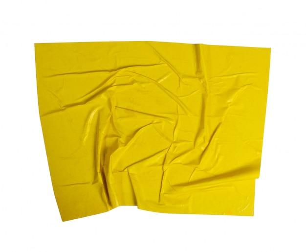 Textura de papel colado amarelo isolada no fundo branco com traçado de recorte.