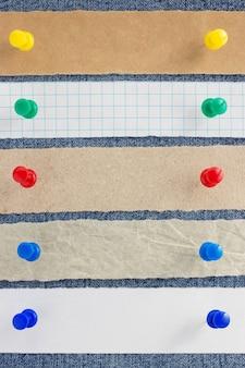 Textura de papel e jeans como plano de fundo