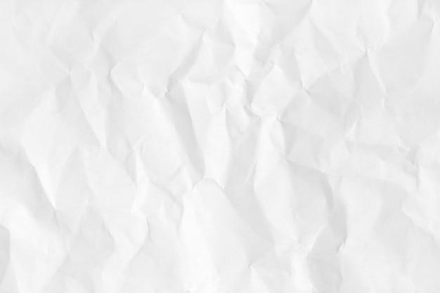 Textura de papel natural amassado branco para plano de fundo e design.