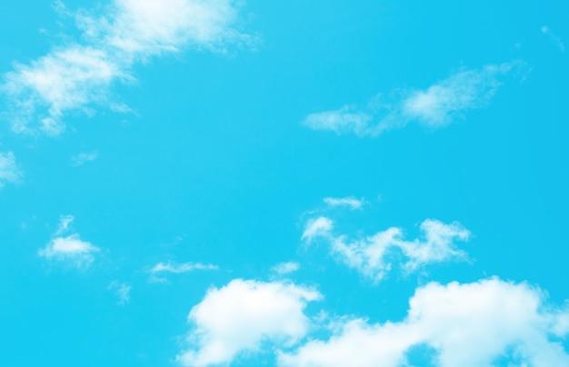 Textura dinâmica da nuvem e do céu do vintage