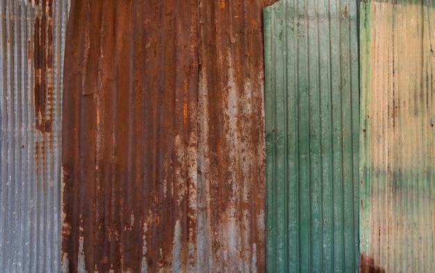 Textura enferrujada de parede de ferro galvanizado corrugado para o fundo