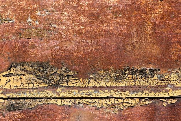 Textura velha de aço marrom enferrujado e arranhado