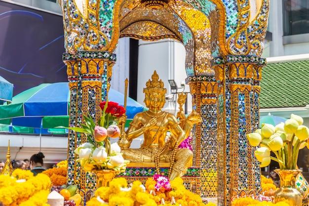 Thao maha brahma ou santuário erawan lugares importantes e populares