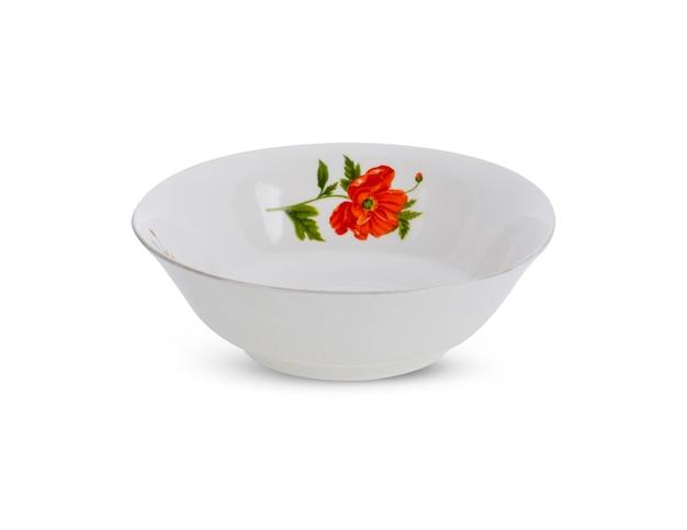 Tigela de cerâmica isolada no branco