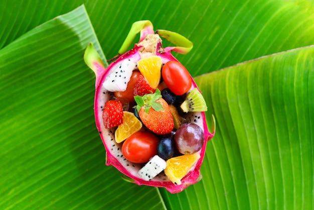 Tigela de salada de frutas