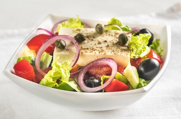 Tigela de salada grega