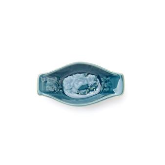 Tigela vazia de cerâmica quadrada geométrica azul claro padrões nativos que podem ser vistos em todos os lugares