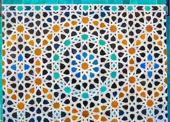 Tilework marroquino na parede, Medina do mosaico do zellige do fez, Marrocos.