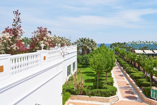 Tipo um luxuoso hotel villa de verão amara dolce vita luxury hotel. uma bela arquitetura. tekirova-kemer. peru