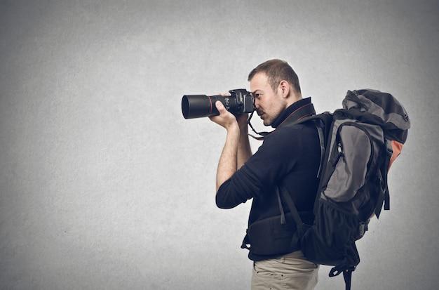 Tirando fotos em uma aventura