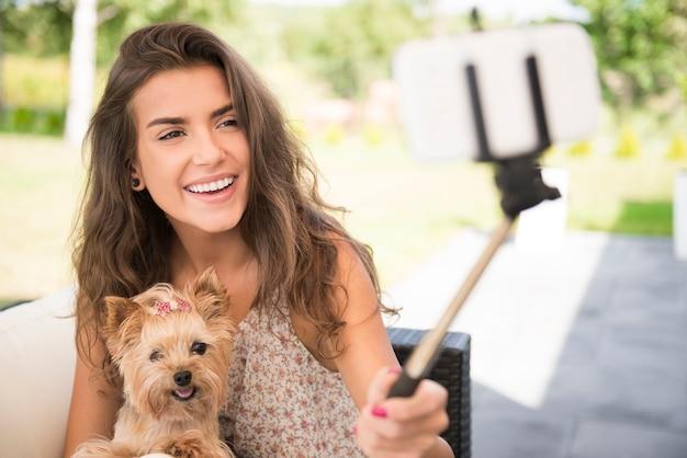 Tirando uma selfie com meus cachorrinhos