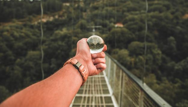 Tiro bola de cristal