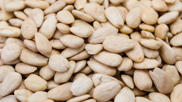 Tiro macro de amendoins salgados