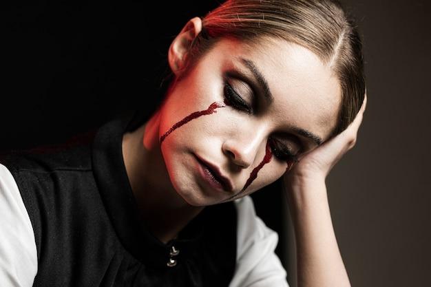 Tiro médio, de, mulher, com, halloween, maquiagem