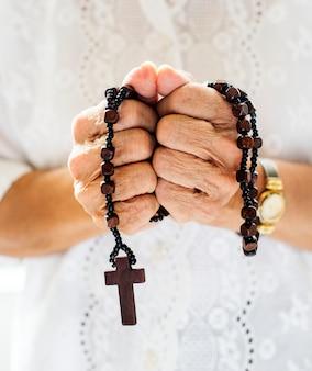 Tiro religioso diverso