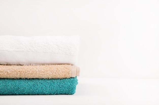 Toalhas de banho empilhadas