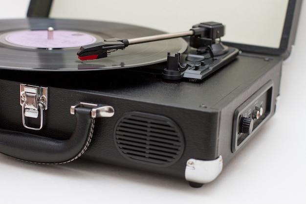 Toca-discos de vinil.