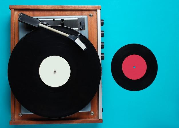 Toca-discos retrô de vinil