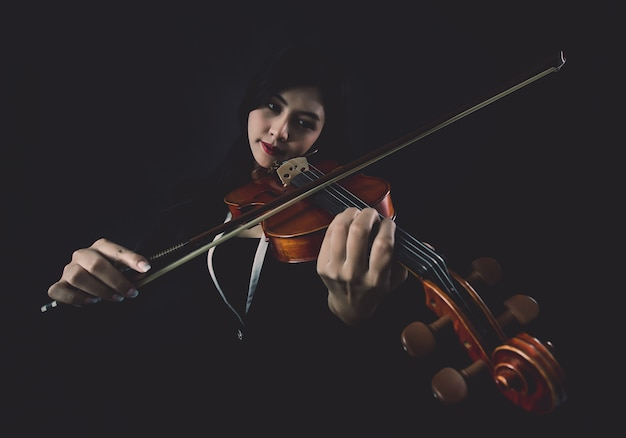Tocando o violino