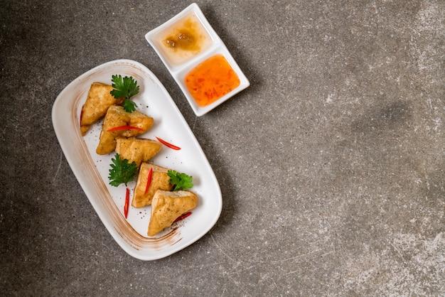 Tofu frito - comida vegana
