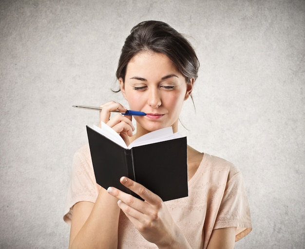 Tomando notas em um diário