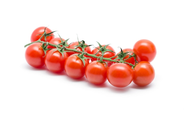 Tomate isolado em recorte de fundo branco