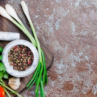 Tomate, manjericão e especiarias