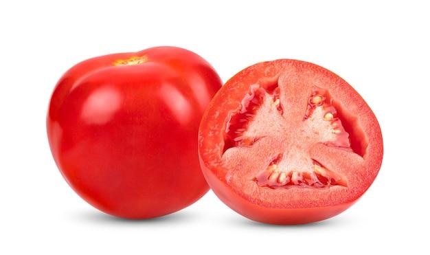Tomate vermelho fresco isolado no fundo branco