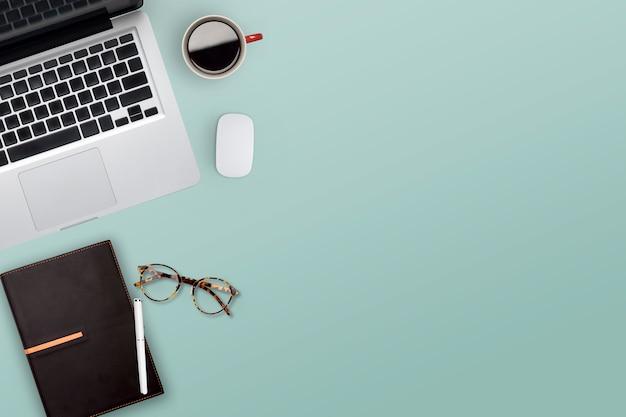 Topview de trabalho desktop de negócios.