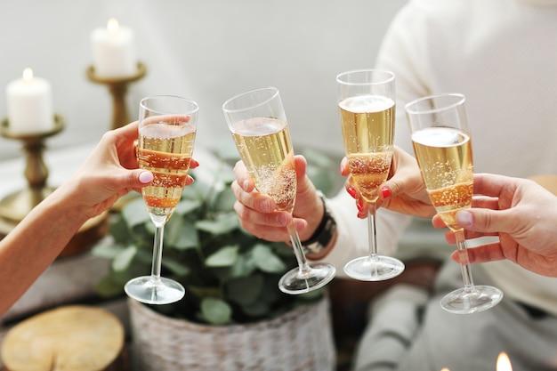 Torrada com champanhe