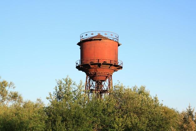 Torre de água de envelhecimento