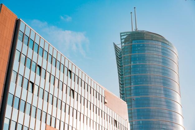 Torre de escritórios em varsóvia