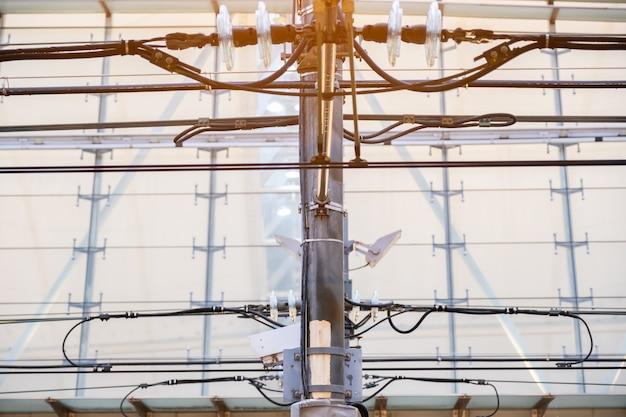 Torre de linha de energia elétrica da estrutura ferroviária da mrt, sistema de eletrificação