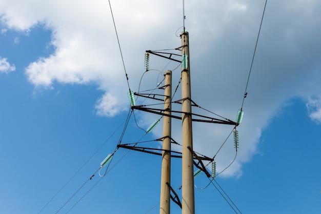 Torre de linha de transmissão de alta tensão