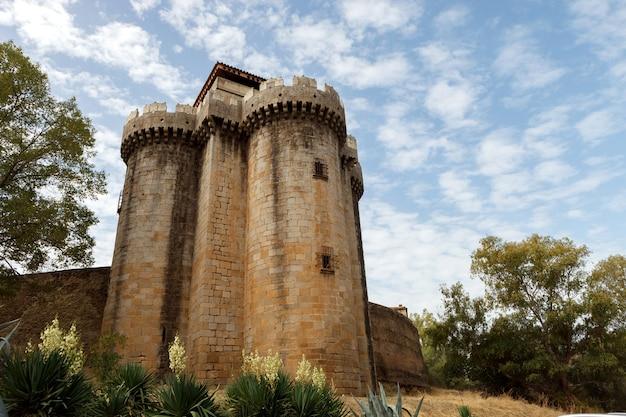 Torre de um castelo