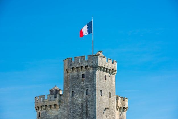 Torre do porto da fortaleza de la rochelle