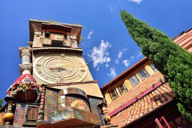 Torre do relógio em tbilisi