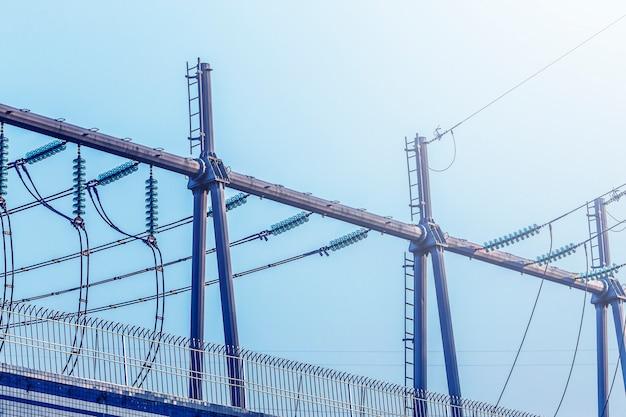 Torre elétrica, geração de energia Foto gratuita