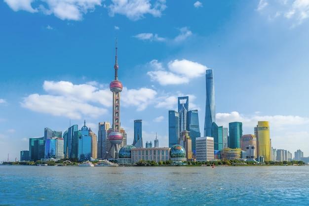 Torre escritório arranha-céus parques horizonte cor