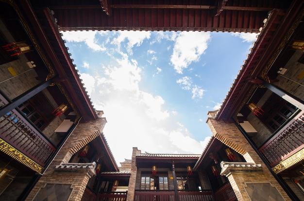 Torres portão sótão famosa e tradicional