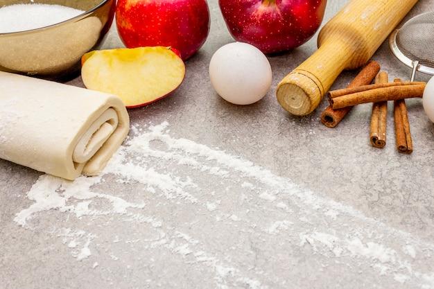 Torta de maçã ingredientes