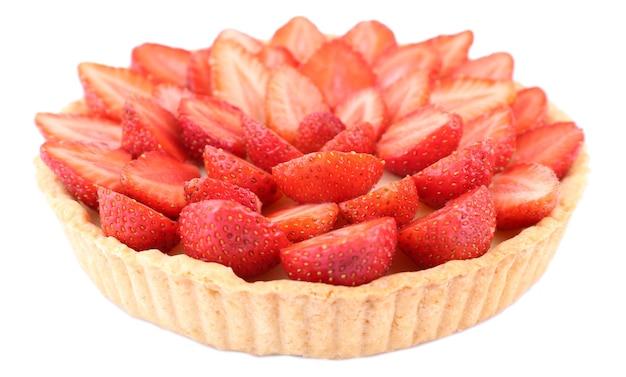 Torta de morango isolada no branco