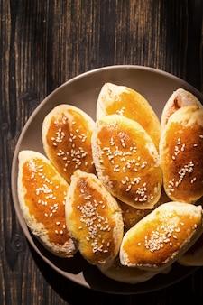 Tortas caseiras com sementes de gergelim