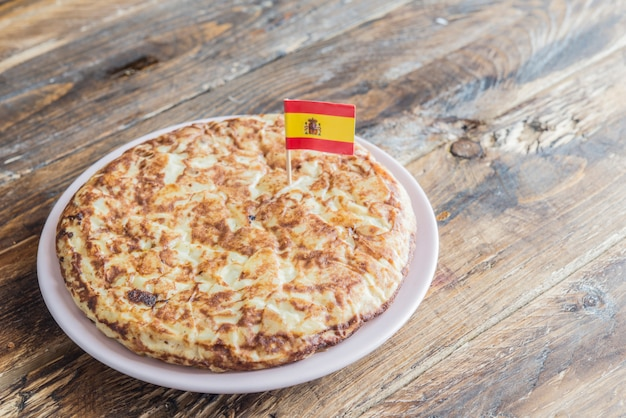 Tortilla de patatas (omelete típica da espanha)